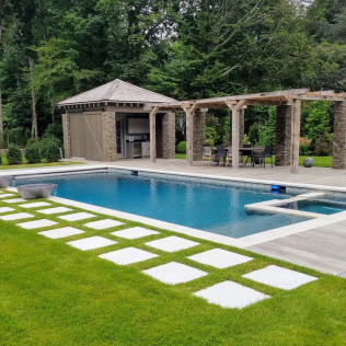 Outdoor living spaces Monroe CT